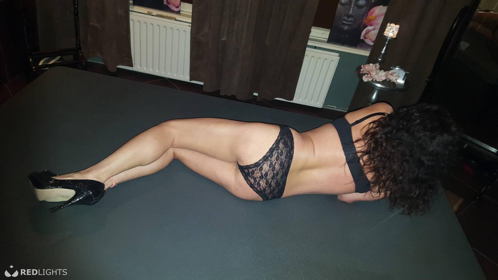 erotisch massage zwolle sex date gezocht