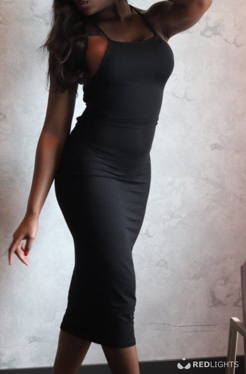 Tiffany Elease (Foto)