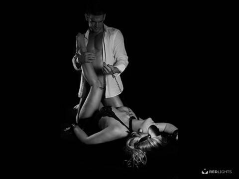 Thuisontvangst Philip Erotisch Masseur voor Yoni Massage Dames